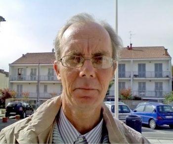 Оливер Туркует, 56 лет, учитель. Персигнано в Терранове Бни, Италия. Фото с сайта: theepochtimes.com