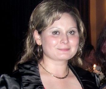 Симона Панделе, Фэлтичени, Румыния.