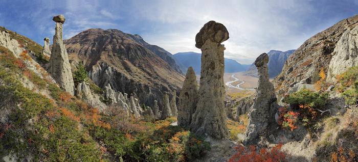 «Каменные грибы Чулышмана»: работа, претендующая на приз зрительских симпатий. Фото: Михаил Вершинин