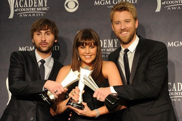 Американская Академия кантри-музыки вручила награды, 3 апреля 2011, Лас-Вегас, штат Невада.  Фото: Jason Merritt/Getty Images