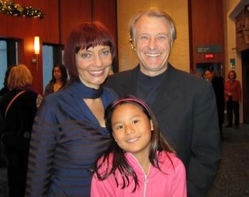 Анн Летурно - актриса из Квебека (Канада) присутствовала на утреннем представлении Shen Yun с мужем Джоном Гиллард и дочкой Лили Мэй