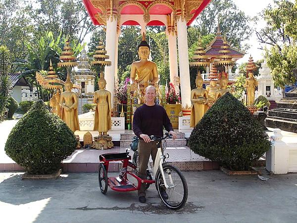 В поисках открытий: Томас Бауер со своим рикшей в южной Азии. Фото: Thomas Bauer