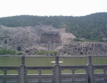 Пещеры Лунмэнь. Фото: pureinsight.ru