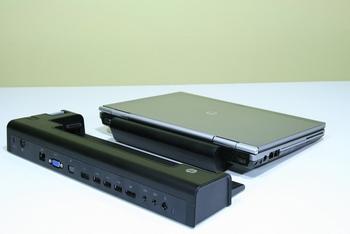 Резервная батарея с дополнительными USB-выходами (фото Андрэа Хэйли/Великая Эпоха)