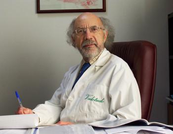 Доктор Витторио Бортолино. Фото с сайта http://www.professionalnaya-kosmetika.neoesthetic.ru/