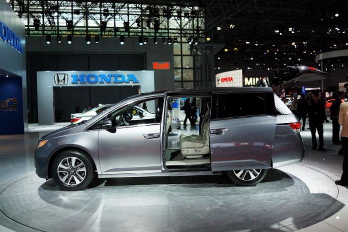 НЬЮ-ЙОРК, 27 марта: новая Honda Odyssey 2014 минивэн. Фото: Spencer Platt / Getty Images.
