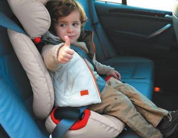 «Автокресло – детям!» Фото с сайта tyndagimn2.ucoz.ru