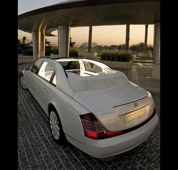 Maybach Landaulet Стоимость: $1,4 млн. Двигатель: V12 мощностью 620 л.с. Разгон до 100 км/ч: за 5,2 сек. Фото с сайта mignews.com.ua