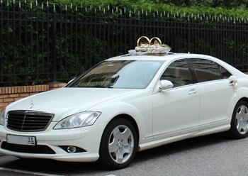 Автомобиль на свадьбу. Фото с сайта vipauto33.ru