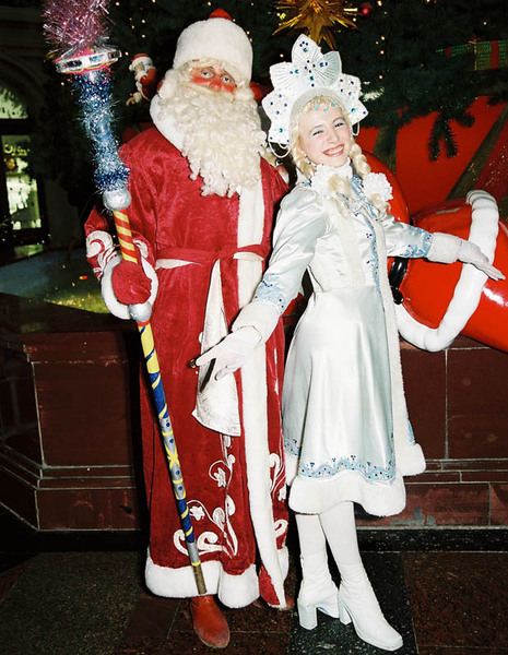 Дед Мороз у ГУМа. Фото: Бернда КРЕГЕЛЬ