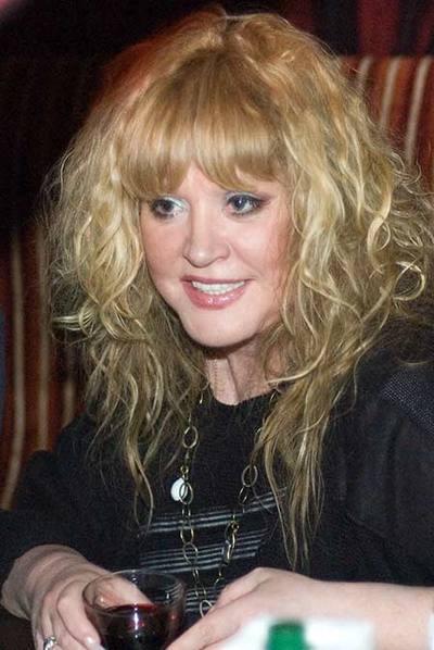 Пугачева Алла Борисовна. Фоторепортаж. Фото с сайта glasweb.com