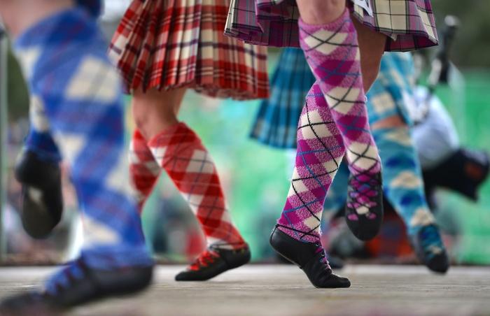 На традиционных Шотландских играх Highland Games. Фоторепортаж.  Фото: Jeff J Mitchell/Getty Images