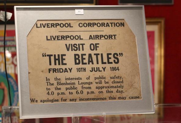 Именем Джона Леннона назван аэропорт в Ливерпуле. Фото: Christopher Furlong/Getty Images