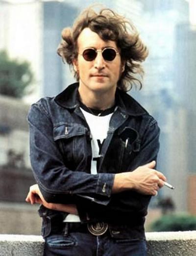 Джон Леннон - создатель легендарного ансамбля The Beatles, Фото с сайта beatles.com.ua