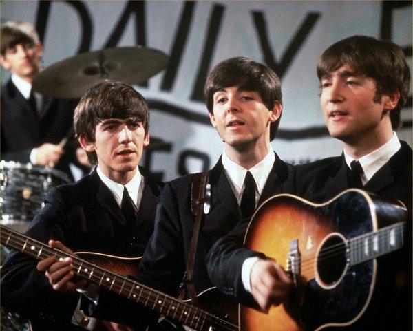 Джон Леннон - создатель легендарной ансамбля The Beatles, Фото с сайта wallpapers.free-review.net