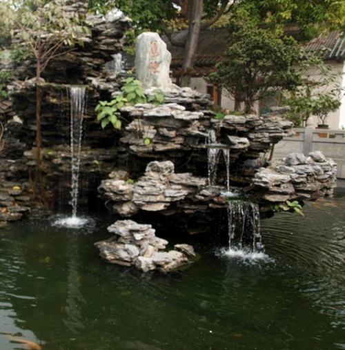 Гуанчжоу, Храм Гуансяо. Озеро с карпами. Фото:  annataliya.ru