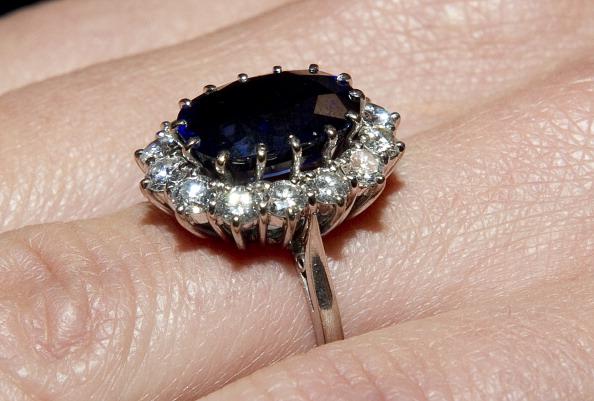 Кейт Миддлтон получила в подарок от  принца Уильяма кольцо его матери – принцессы Дианы. Фоторепортаж. Фото: Arthur Edwards - WPA Pool/Getty Images