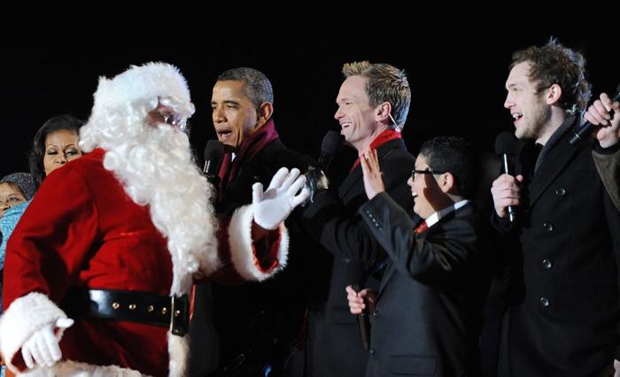 На мероприятии в честь зажжения Рождественских огней на Ellipse рядом с Белым домом. Фоторепортаж. Фото: SAUL LOEB/AFP/Getty Images