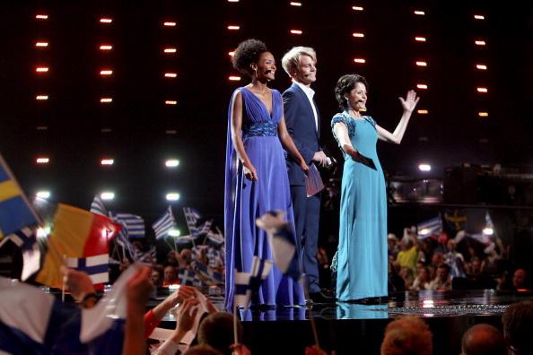 Ведущие конкурса «Евровидения-2010» . Фото: CORNELIUS POPPE/AFP/Getty Images