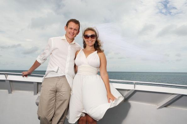 Свадьба в 80-ый раз празднуется Марком и Дениз. Фоторепортаж. Фото: Mark Metcalfe/Getty Images