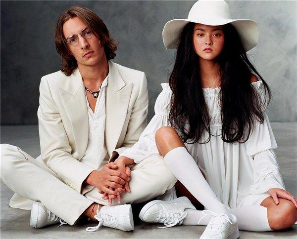 Джон Леннон и Йоко Оно. (Devon Aoki в образе Yoko Ono и Ben Northover как John Lennon). Фото с сайта fashionpuls.blogspot.co