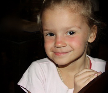 Дочь Романа Жукова Елизавета-Виктория, которая недавно трагически погибла.  Фото с сайта  romazhukov.com