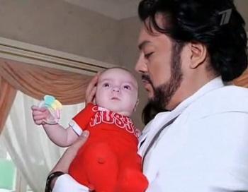 Филипп Киркоров с дочерью. Фото: stars-onlain.ru