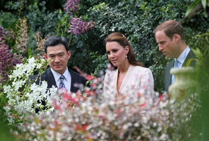 Герцогиня Кембриджская  и принц Уильям в ботаническом саду Сингапура. Фоторепортаж. Фото: Nicky Loh/Getty Images