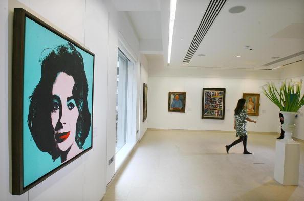 Энди  Уорхол. Картина «Серебряная Лиз». Фото: EMMANUEL DUNAND/AFP/Getty Images