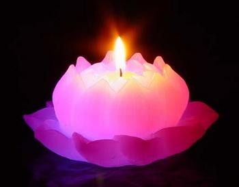 Магические свечи. Фото: blogs.privet.ru