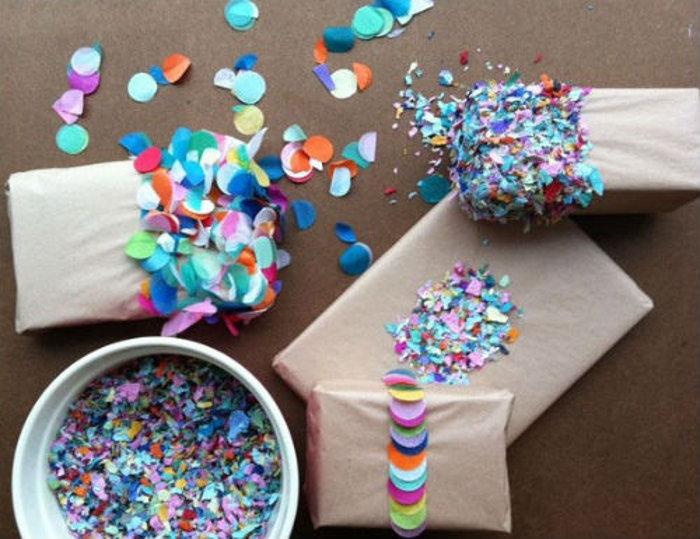 Новогодние подарки в необычной упаковке, сделанной своими руками. Фото: fresher.ru