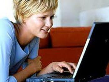 Когда начинать и как вести поиски работы. Фото:  maxilab5.ru