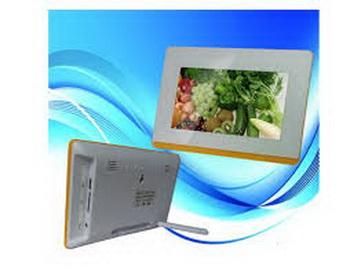 Цифровая фоторамка – лучший подарок на память! Фото: ru.aliexpress.com