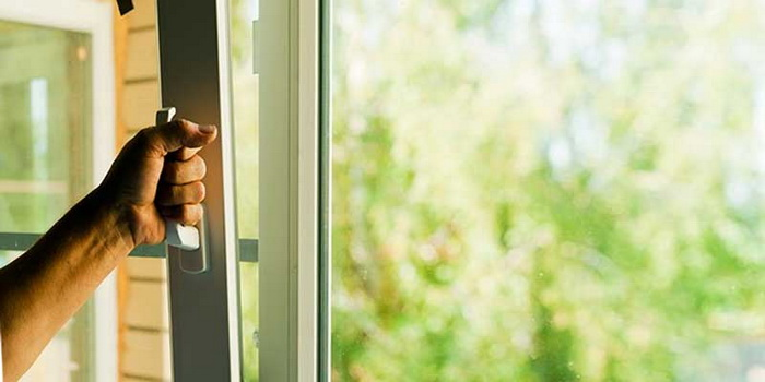 Регулировка пластиковых окон своими руками — утепляем квартиру на зиму. Фото: remontokon24.ru