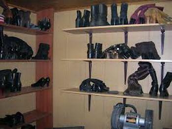 Ремонт обуви. Ремонт обуви в Москве. Фото: remontobuwi.ru