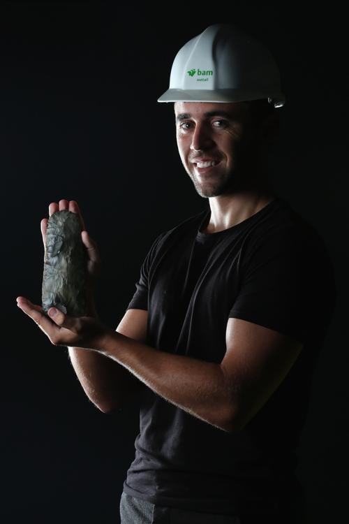 Доисторический топор 6000  лет был обнаружен в Стратфорде. Фоторепортаж.  Фото: Dan Kitwood/Getty Images