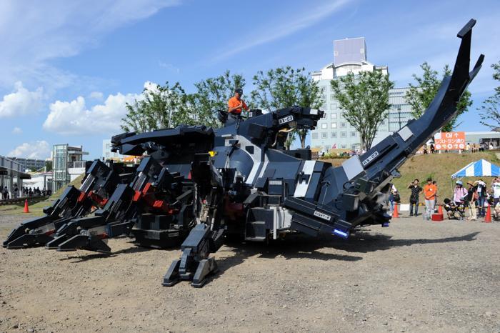 Жук-робот Kabutom RX-03 на фестивале в Токио. Фоторепортаж. Фото: YOSHIKAZU TSUNO/AFP/GettyImages