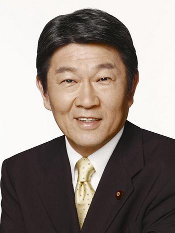 Член палаты представителей Такео Хиранума. Фото с сайта minghui.org