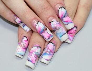 Аквариумный дизайн ногтей. Фото с сайта sovets.net