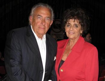 Супруги  Манкузо  посетили представление в пятницу вечером. Фото: Джим ЛИ. Великая Эпоха (The Epoch Times)