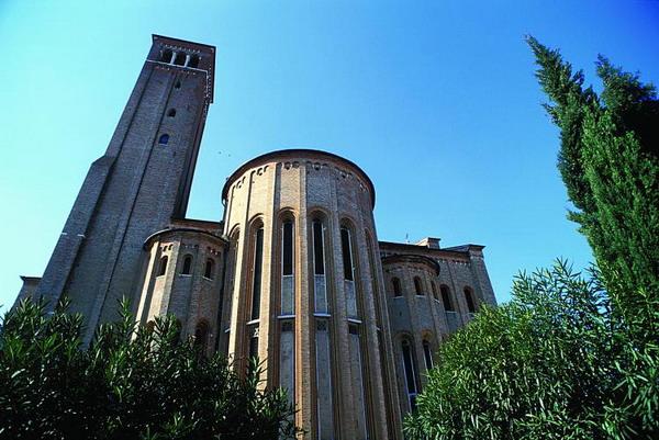 В знаменитой церкви Святого Николая в Тревизо вы увидите фрески Томмазо да Модена, датируемые 14 столетием. Фото с сайта theepochtimes.com