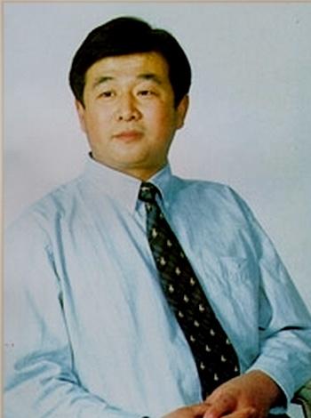 Ли Хунчжи  - духовный лидер. Фото с сайта falundafa.org