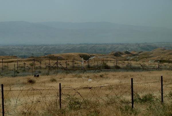 От Иерусалима до Афулы через Иорданскую долину. Иорданская долина, граница. Фото: Хава ТОР/Великая Эпоха