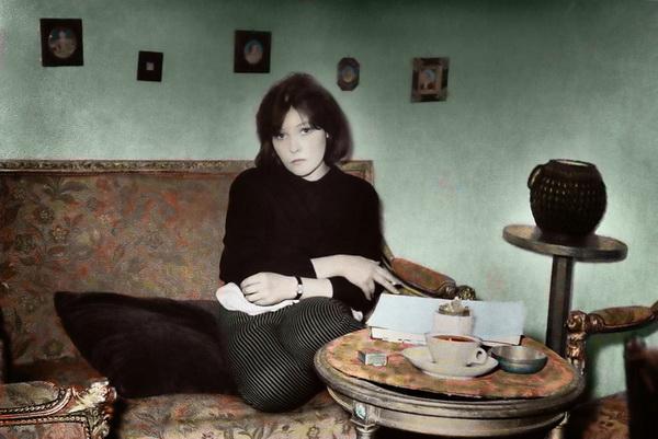 Белла Ахмадулина покинула этот мир. Белла Ахмадулина в 60-е годы. Фото с сайта photosight.ru.