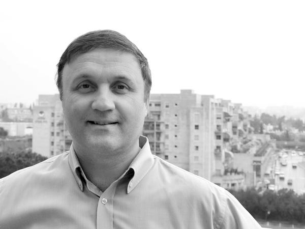 Юрий Бабкин, врач-ортопед, автор книги «Инсулин и здоровье». Фото: Хава ТОР/Великая Эпоха