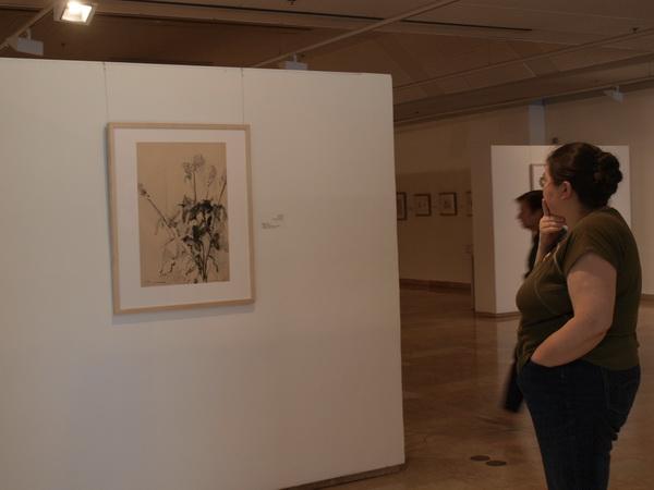 Хайфа,  Университетский музей, экспозиция художницы Анны ТИХО. Фото: Хава ТОР/Великая Эпоха