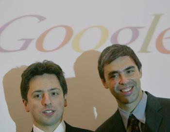 Ларри Пэйдж и Сергей Брин  - создатели поисковой системы Google. Фото: JOHN MACDOUGALL/AFP/Getty Images