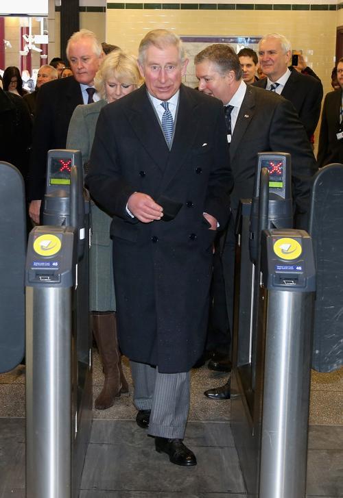 Камилла, герцогиня Корнуолла и принц Чарльз, принц Уэльский, отметили 150-летие лондонского метро 30 января 2013 года. Фото: Chris Jackson - WPA Pool/Getty Images