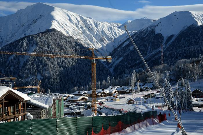 Олимпийская деревня для спортсменов на комплексе «Лаура» в Сочи, 3 февраля 2013 года. Фото: KIRILL KUDRYAVTSEV/AFP/Getty Images