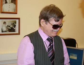 Кандидат философских наук, президент Европейского союза слепоглухих, президент Общества социальной поддержки слепоглухих